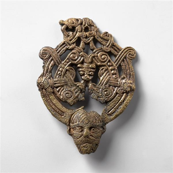 Bronze Buckle, c.900 - Viking art