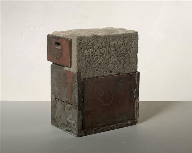 'Small' - abstract sculpture by Carlos Granger - concrete & painted steel, 1995 - Carlos Granger