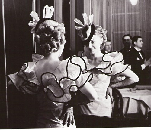 Haute Couture Soirée, 1935 - Brassai
