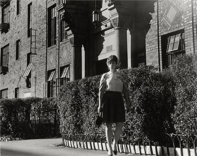 Untitled Film Still #16 - Cindy Sherman | The Broad