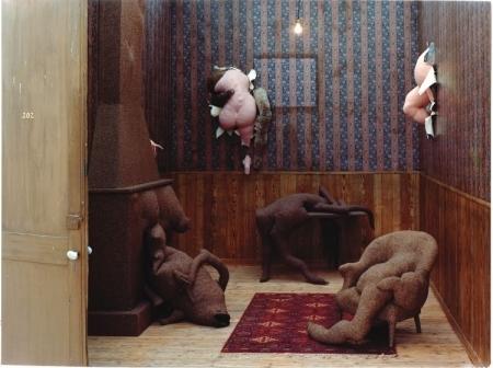 Hôtel du Pavot, Chambre 202 (Poppy Hotel, Room 202), 1973 - Dorothea Tanning