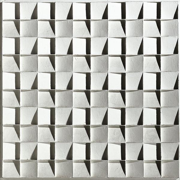 Quadratenrelief met schuine binnenvlaken in 4 richtingen, 1967 - Johannes Jan Schoonhoven