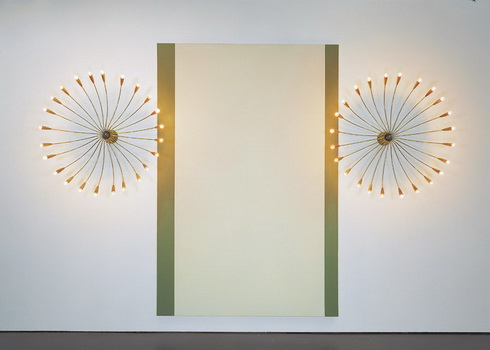 Avec les deux lustres (Furniture Sculpture) - John Armleder