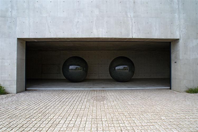 Seen/Unseen Known/Unknown - Walter De Maria